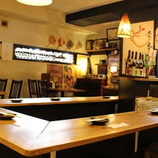 ◇全28席◇レトロな雰囲気の店内で、ちょっと1杯、2杯…。