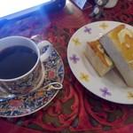 壱番館 - トーストと珈琲
