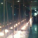 和牛が旨い個室焼肉 楽月 - 入り口付近の 竹林イメージ(パティオ風)