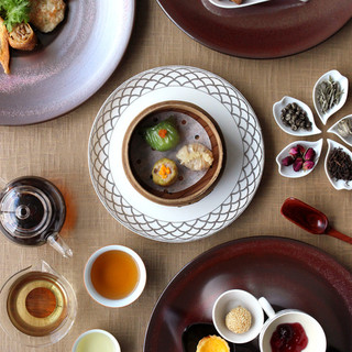 星期菜(セイケイツァイ)の蒸し餃子、焼売などこだわり香港点心