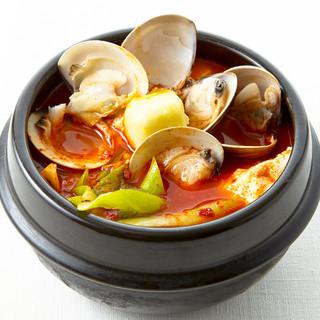 《全9種類》手作り豆腐×伝統の味噌で作る絶品【スンドゥブ】