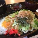 食彩処 百花 - 料理写真:鉄板焼うどんランチ600円