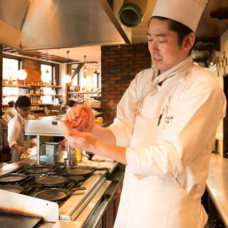 産地や生産者が分かる安心な食材で、全てお店で調理!