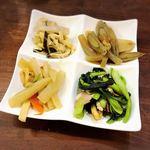 琉球料理 亜砂呂 -