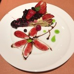 ロッソペペロンチーノ - 苺とフランボワーズのタルト