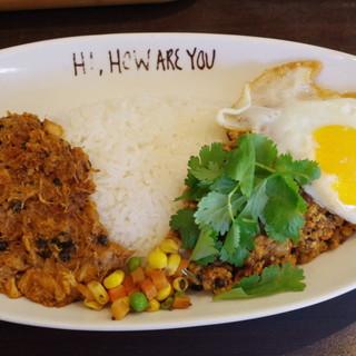 ハイ,ハウ アー ユー - 料理写真:パキスタン家庭風チキンカレー、チキチキキーマ