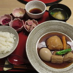天ぷら やす田 - これだけでも十分なボリュームです