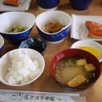 五色温泉旅館 - 朝食