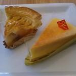 不二家 - チーズケーキ、アップルパイ