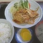 駅前食堂 - 料理写真:生姜焼き定食