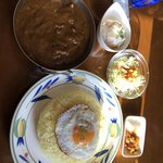 インディ桂木 - ランチ(きのこと牛スジカリー)辛口。ポテト