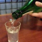 80138613 - 食べログクーポンの日本酒1杯サービスは山梨の地酒から純米大吟醸の七賢あらばしり100cc通常580円