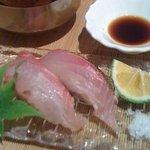 8014390 - コースの『寿司』!いさきの握り。旨かった―!