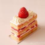 フィオレンティーナ ペストリーブティック - あまおう苺のショートケーキ