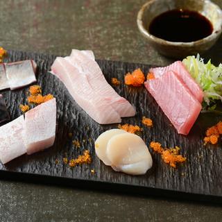 市場直送!鮮度抜群の海の幸を使った魚料理を召し上がれ◎