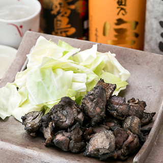 必食!「炭火焼」と「白肝の白焼き」は食べるべき逸品!