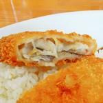 カレーやマドラス - 白身魚フライ