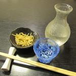 麻布永坂 更科本店 - 「辛口・惣誉」と、通し。