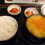 韓国亭 - 牛スジチム 定食内容(18-02)