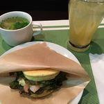 ボニート - 料理写真:ハンバーガーとスープ・ドリンクのセット