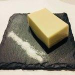 石鍋のぐち 白金邸 - 胡麻豆腐。