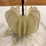 シュマンドール - 林檎のダイソン