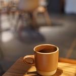 BERTH COFFEE - 本日のコーヒー¥300 この日はエチオピア コーヒーはオニバスコーヒーさん。