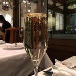 飄香 - グラスシャンパン