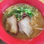 小豆島ラーメンHISHIO 小豆島エンジェルロード店 - 魚介系スープでした。