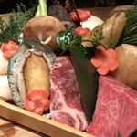鉄板焼と和食 宴 - 板長厳選の旬食材や豪華食材をお届け致します。
