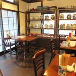 老虎荘 - 北京の街角にある料理屋をイメージしているそうです。