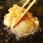 三陸直送 プリプリ牡蠣と新鮮魚介 いわて三陸漁場直送酒場 八○ - ホタテの天ぷら