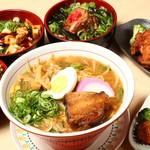 ラーメン お食事処 マルワン - 料理写真:タイムサービスセット(ラーメン+1品)