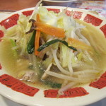 バーミヤン - 料理写真:国産野菜たっぷりタンメン