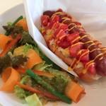 ギーモカフェ - 赤城牛ソーセージのホットドッグ