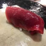 第三春美鮨 - シビマグロ 141kg 腹上二番 赤身 熟成4日目 延縄漁 千葉県勝浦