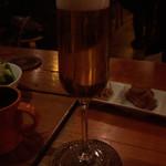 1ポンドステーキ&クラフトビール ハックルベリー -