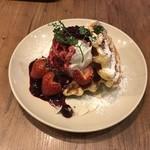 kawara CAFE&DINING - ワッフル ストロベリーハート味.:*♡