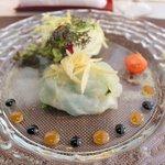 ラ ヴォワール - 寒平目のクリュ 昆布茶風味 オレンジとバルサミコソース