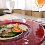 ラ ヴォワール - 本日の鮮魚(スズキ)のスチーム レフォールクリームソース