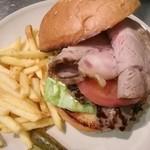 Burgers Cafe I-FIVE  - ローストポークバーガー