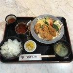 レストラン やましろ - カキフライ定食  ¥1080