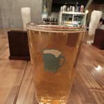 クラフト ワークス - Foam Top Blond Ale 1080円