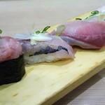 磯のがってん寿司 - 本日のおすすめ5貫握り
