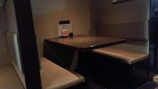 のどぐろ家 姫川 - テーブル席