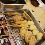 恵美須商店 - 串カツたち