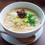 ベジ ハウス - 担担麺(ランチは700円)