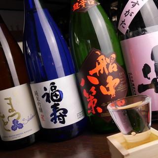 """平日の楽しみは""""飲み""""で◎豊富な旬の地酒&焼酎で粋な乾杯♪"""