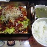 アジアン料理 友 - 鉄板タップルコギ定食