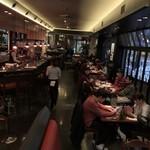カフェ ラ・ボエム - 店内の雰囲気